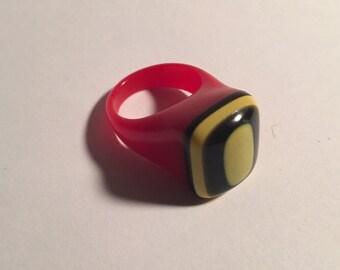 Vintage Bakelite Laminated Prison Ring