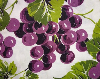 1 Yard Vintage Polished Cotton Fabric - Purple Grapes