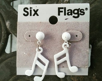 Vintage 80s Six Flags white  musical note pierced earrings