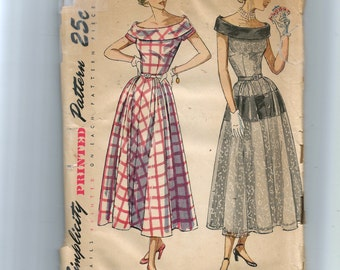 Simplicity Misses' One-Piece Dress Pattern 2826