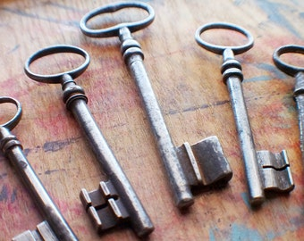 Large Antique French Skeleton Key Set // Fall Sale 20% OFF - Coupon Code FALL20
