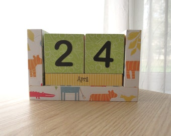 Perpetual Calendar - Wooden Block - A Day at the Zoo - Boy Version