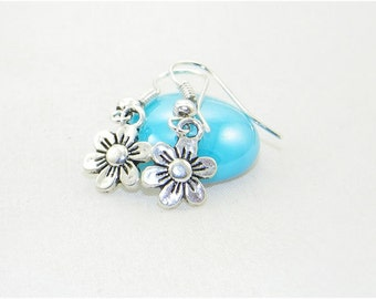 Cute silver flower charm dangle earrings, Garden, Summer, Love, Bride, Bridesmaid, Wedding, Mothers day,Jewelry