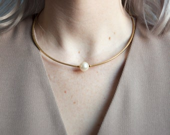 model shop pearl collar / minimalist necklace / wire choker necklace / 907a