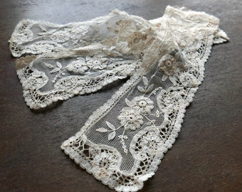 Victorian Era Lace Cuff or Small Panels