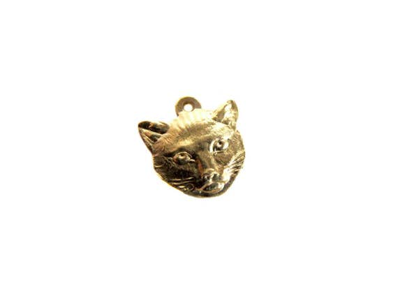 Small Brass Cat Charms (4X) (M584-A)