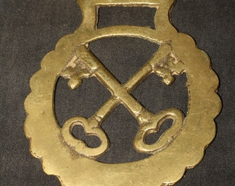 Vintage or Antique Cross Keys Horse Brass - Hecate- British, Pagan, Wicca, Folklore - Rare