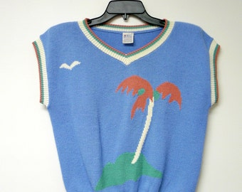 """Bay Club by Catalina . 1980s palm island . blue knitted top . loose fit . small / 39"""" bust"""