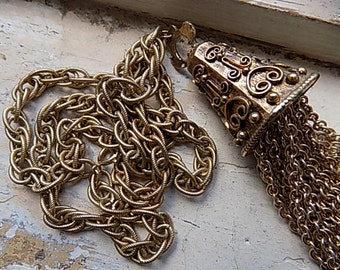 FREE SHIPPING Vintage Chunky Goldtone Necklace with Multi Strand Chains