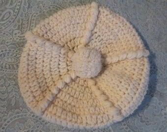 SALE Vintage 1970's Ivory Beret Hat Hand Knitted White Tam Pom Pom