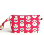 Wedge Bag, Small-Project Knitting Bag, Color Me Retro in pink