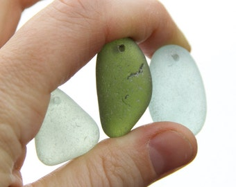Drilled sea glass - Bulk sea glass - Sea glass crafts - Beach glass for jewelry making -  Sea glass pendants - Jewlery making - Supplies