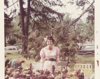 Vintage photo color photo 1973 Mom Selling Craft Crazy Kitchy Yard Sale Ice Cream Parlor Dress Clothing