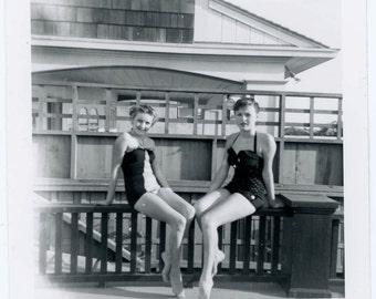 vintage photo Cute Swimsuit Teenage Girls Swimming Pool Snapshot Photo