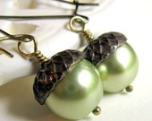 Pearl Acorn Earrings, 14K gold Filled Earwires, Shabby Chic, Cottage Style, Mothers Day,