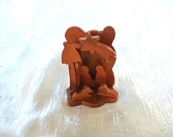 Nativity, Christmas nativity ornament, holy family  made of olive wood hand carved in  BETHLEHEM, HOLY LAND