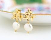 Gold Pearl Earrings - Ivory Pearl - Gold Hydrangea Floral Earrings - Bridal Earrings - Wedding Jewelry - Gold Flower Earrings - Gift For Her