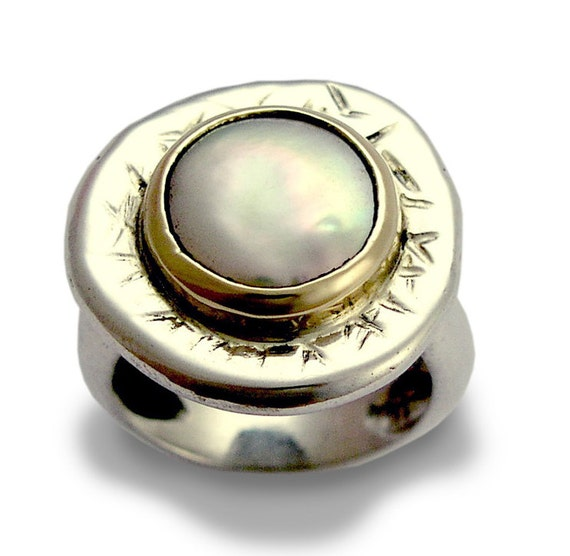 Silver Gold Pearl Ring, Sterling Silver Ring, Yellow Gold Ring, Silver Gold Ring, Statement Ring, Pearl Gemstone - Ice queen R1084FC