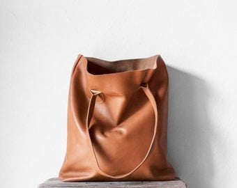 The Essential Tote in Caramel / Leather Tote Bag  / Camel Brown Tote Bag / Leather Handbag / Brown Leather Tote / Leather Handbag