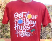 vintage 80s tee HOLIDAY hugs here christmas wtf red t-shirt Medium Large funny