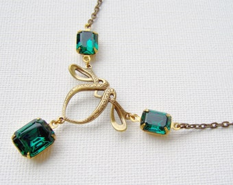 Art Deco rhinestone necklace / Emerald rhinestone necklace / aged brass / Swarovski / gift for her / unique gift / vintage style / Gatsby