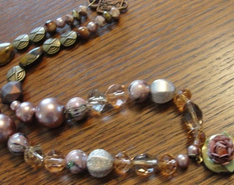 Romantic Locket Pink Beaded Necklace