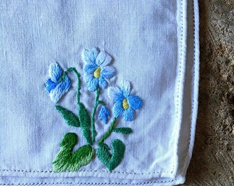 Vintage light blue daisy pansy flower on linen crewel embroidery CHOICE OF: sachet, napkin, or picture for framing