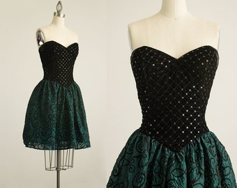 90s Vintage Jessica McClintock Gunne Sax Black Velvet Sequin Bustier Strapless Mini Dress / Size Small
