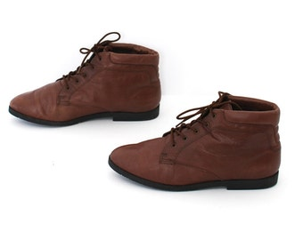 size 9 GRUNGE brown leather 80s 90s lace up ankle COMBAT work boots