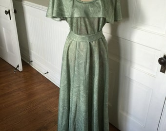Vintage Green Marbleized Polyester Long Dress with Cape Style Neckline and Belt