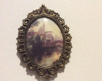 Vintage Made in Italy Ornate Oval Picture Frame with Convex Glass