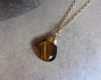 Tigers Eye Gold Necklace, Wire Wrapped, Tan, Camel, Caramel, Autumn Necklace, Tiger Eye Necklace, Irisjewelrydesign