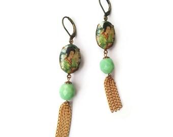 Tassel Earrings with Geisha - Apple Green Earrings - Tassels - Vintage Inspired Jewelry Mint Green - Pagode Earrings (SD1114)