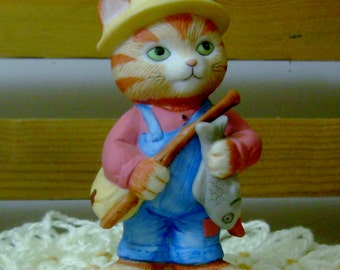 Fishing - Charismatic Cats Figurine - Bronson Collectibles
