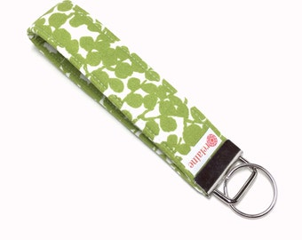 Green leaves keychain, key fob, key wristlet, key holder, key chain.  Lime green foliage pattern on white.
