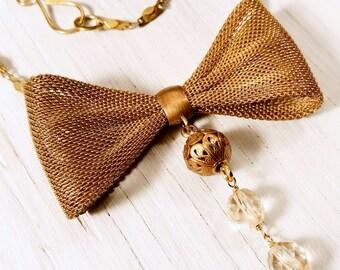 Metal Mesh Bow Tie // Vintage Necklace