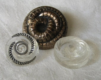 Lot of 3 VINTAGE Snake Clear Glass & Metalized Plastic BUTTONS