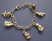 Cats Charm Bracelet - 5 Cat Charms in Goldtone - Vintage