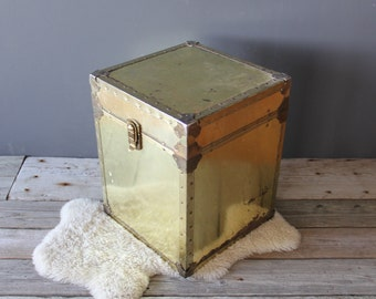 Glam Brass Sarreid Style Trunk / Side Table