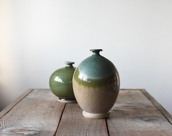 Vintage Vase, Studio Pottery, Bud Vase, Pottery Vase, Wheel Thrown Vase, Handmade Vase, Stoneware Vase, Home & Living, Hand Made Pottery