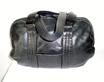 Latico genuine leather x large Boston bag, carryall bag,overnight bag ,top zip  satchel,handbag purse dual strap bag, gorgeous vintage 90s