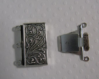 Vintage Look Plated Brass - Silver Plated - 23mmx21mm Clasp - 3 strand -  1 Clasp - nickel free, lead free