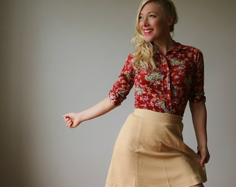 1960s Beige Mini Skirt~Size Extra Small