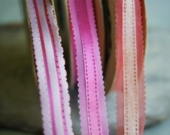 Vintage Ribbon Spools in Shades Pinks and Red, Flocked, Crafting Supply, Corsage Making, Valentines and Spring Crafts