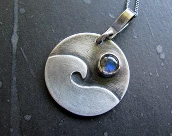 Sterling Silver Labradorite Pendant Necklace, Wave Pendant, Sterling Silver Necklace, Round Pendant Handmade