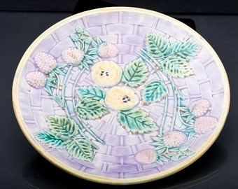 """Antique Majolica Etruscan 9"""" Strawberry & Apple Plate - 1800's Signed Lavender"""