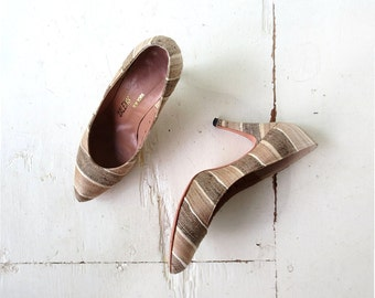 Vintage 70s Heels / Tussah Silk Striped Pumps / 1970s Shoes / Size 6