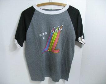 Vintage STS 4 Space Shuttle T-Shirt Space Flight 1980s Tourist Souvenir Travel Shirt Jersey Ringer