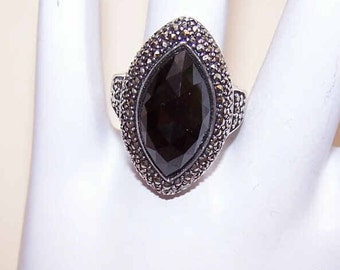 Vintage STERLING SILVER, Black Onyx & Marcasite Fashion Ring