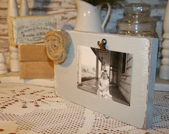 Shabby Gray Wood Block Photo Holder with Burlap Flower and Metal Clip